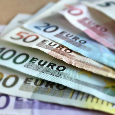 bank-note-209104.jpg