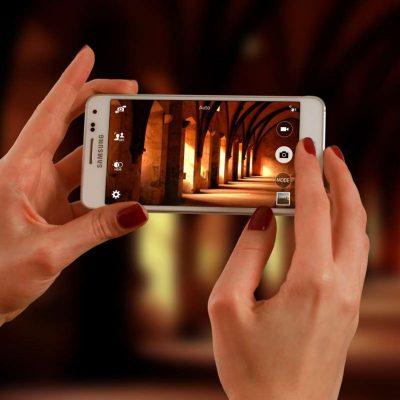 smartphone-623722.jpg