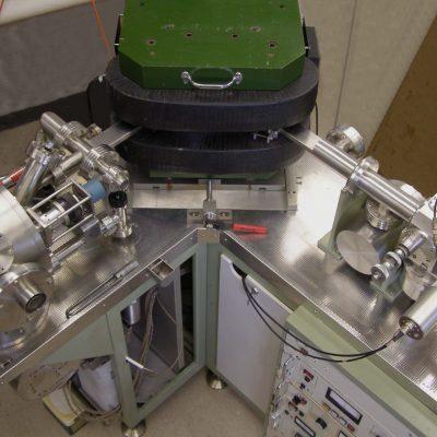 Spectrometrul de masă cu ionizare termică folosit în datarea radiometrică