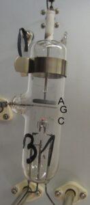Tub de vid utilizat pentru experimentul Franck – Hertz