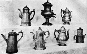 Dispozitive de făcut și servit cafea utilizate în Colonia Massachusetts