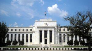 Clădirea Comitetului Rezervei Federale Eccles din Washington, D.C. găzduiește birourile principale ale Consiliului Guvernatorilor Sistemului Rezervei Federale ale Statelor Unite.