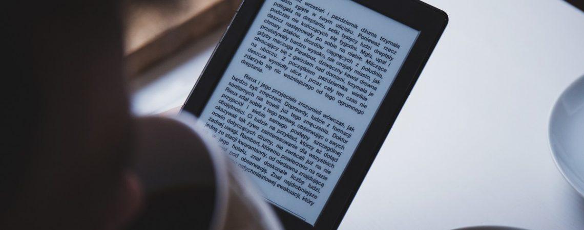 Reading print books vs. e-books